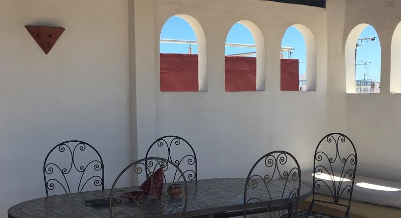 Charmante petite maison,titrée, rénovation de qualité, au coeur de la médina de Tanger.