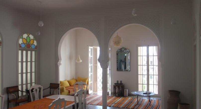 Marshan, tres raffiné, duplex dans une maison authentique.