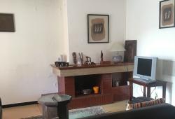 Tanger, centre ville, appartement Art-deco, très bon état, belle terrasse et cheminée.